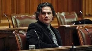 arrestation-sénateur-patrick-brazeau-autochtones-critiques-idle-no-more-controverse-bourdes-actualités